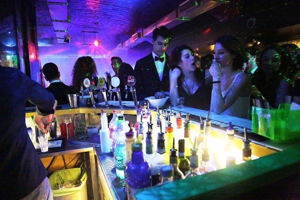 Relazioni su prevenzione di tossicodipendenza di alcolismo e fumo di tabacco
